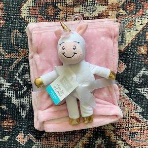 NWT Unicorn Plush Toy & Blanket